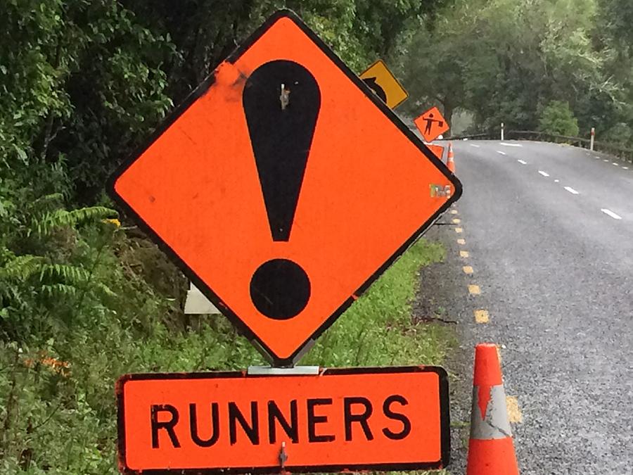 oznakowanie dróg podczas biegu