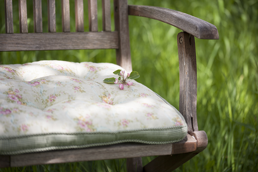 krzeslo ikwiat jabloni