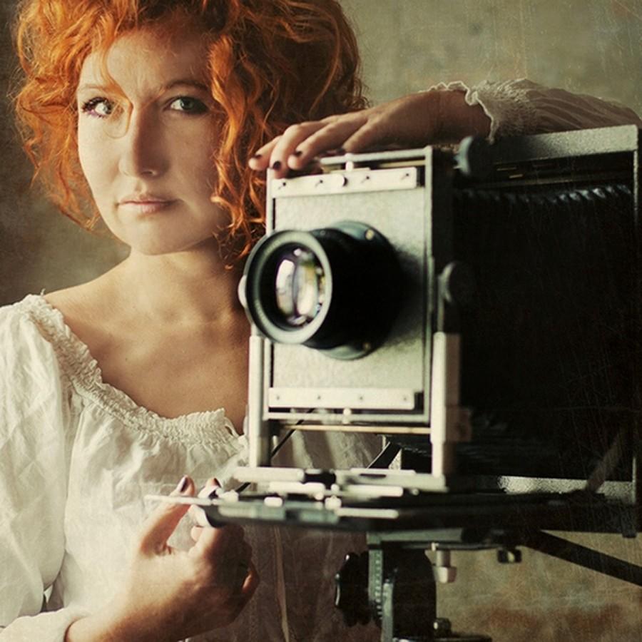 czego pragą kobiety, pasja, czas dla siebie, kobieta z aparatem fotograficznym