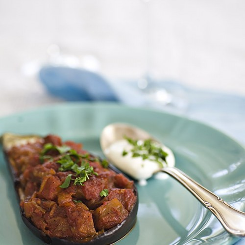 zapiekany bakłażan, bakłażan zapiekany w sosie pomidorowym