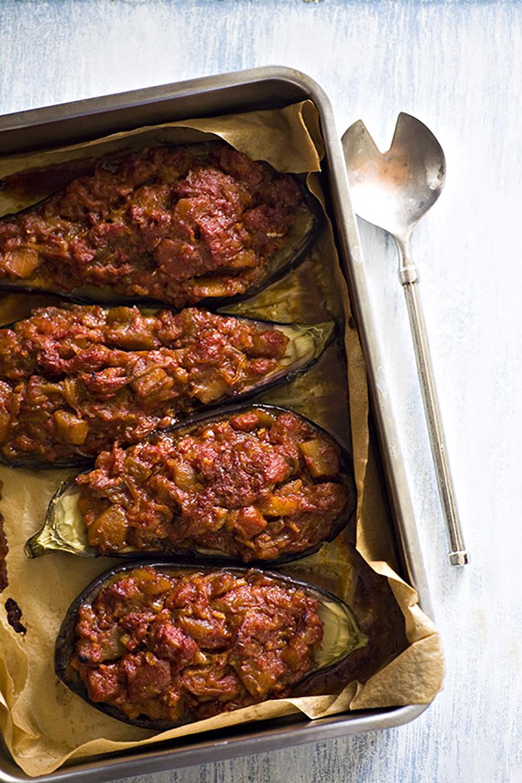 omdlały imam, zapiekany bakłażan, bakłażan zapiekany wsosie pomidorowym