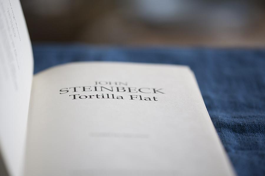 książka, książki napoprawę nastroju, książki które rozgrzeją twojeserce