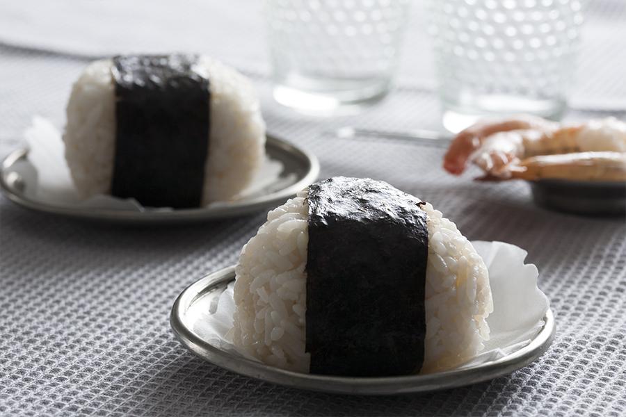 onigiri, sushi