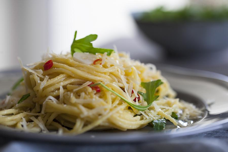spaghetti zrukolą icytryną
