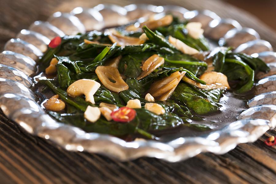 kuchnia tajska szpinak zsosem ostrygowym